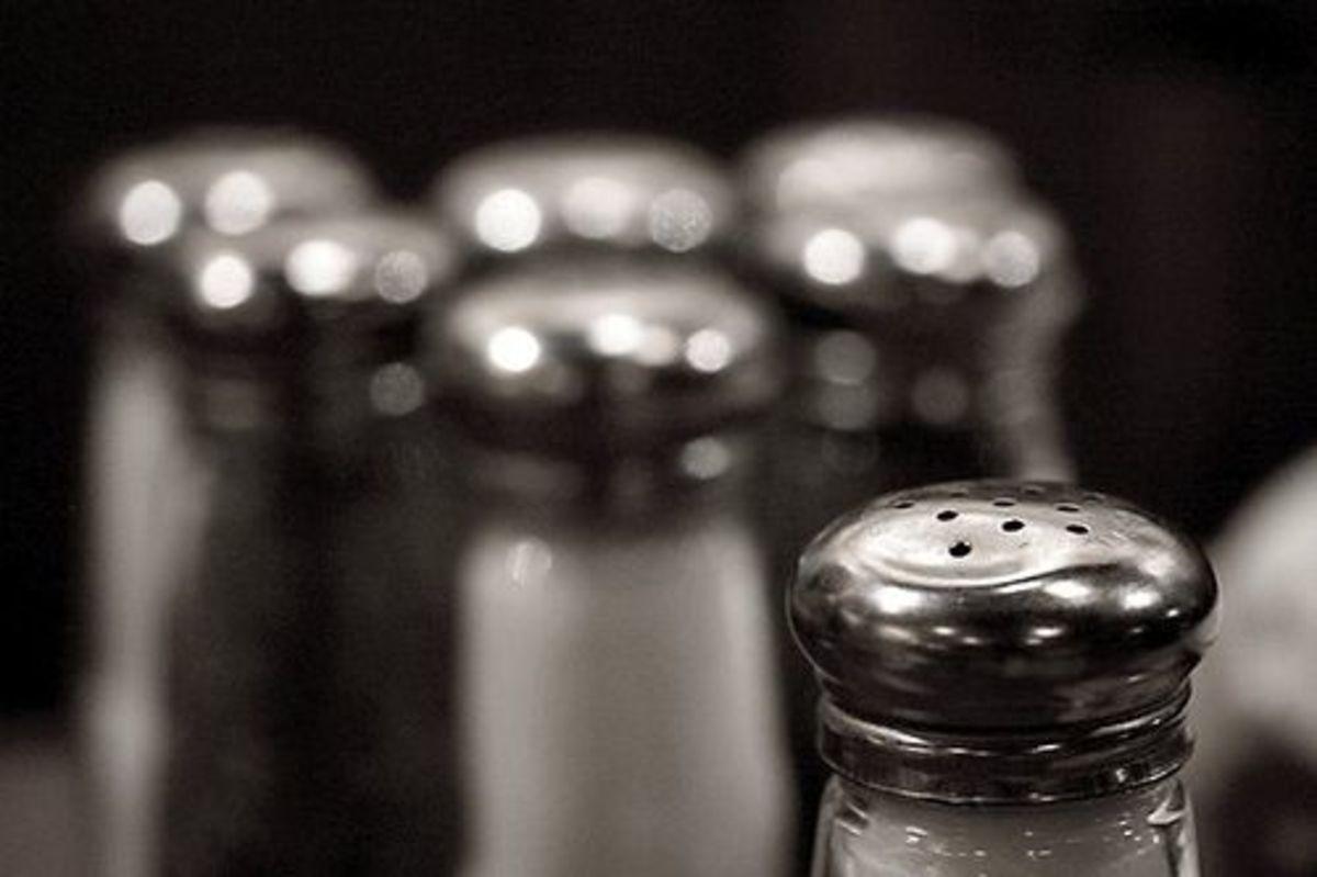 salt-pepper-ccflcr-giantvermin