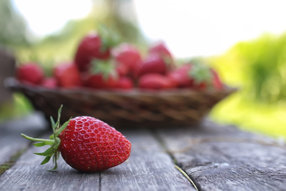Strawberries Top EWG's Pesticide-Laden 'Dirty Dozen' List for Third Year in a Row