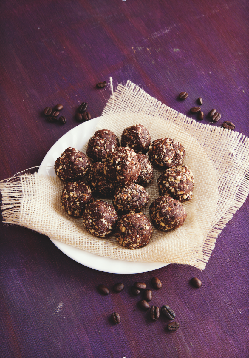 Scrumptious, Simple Chocolate-Coffee Energy Bites Recipe
