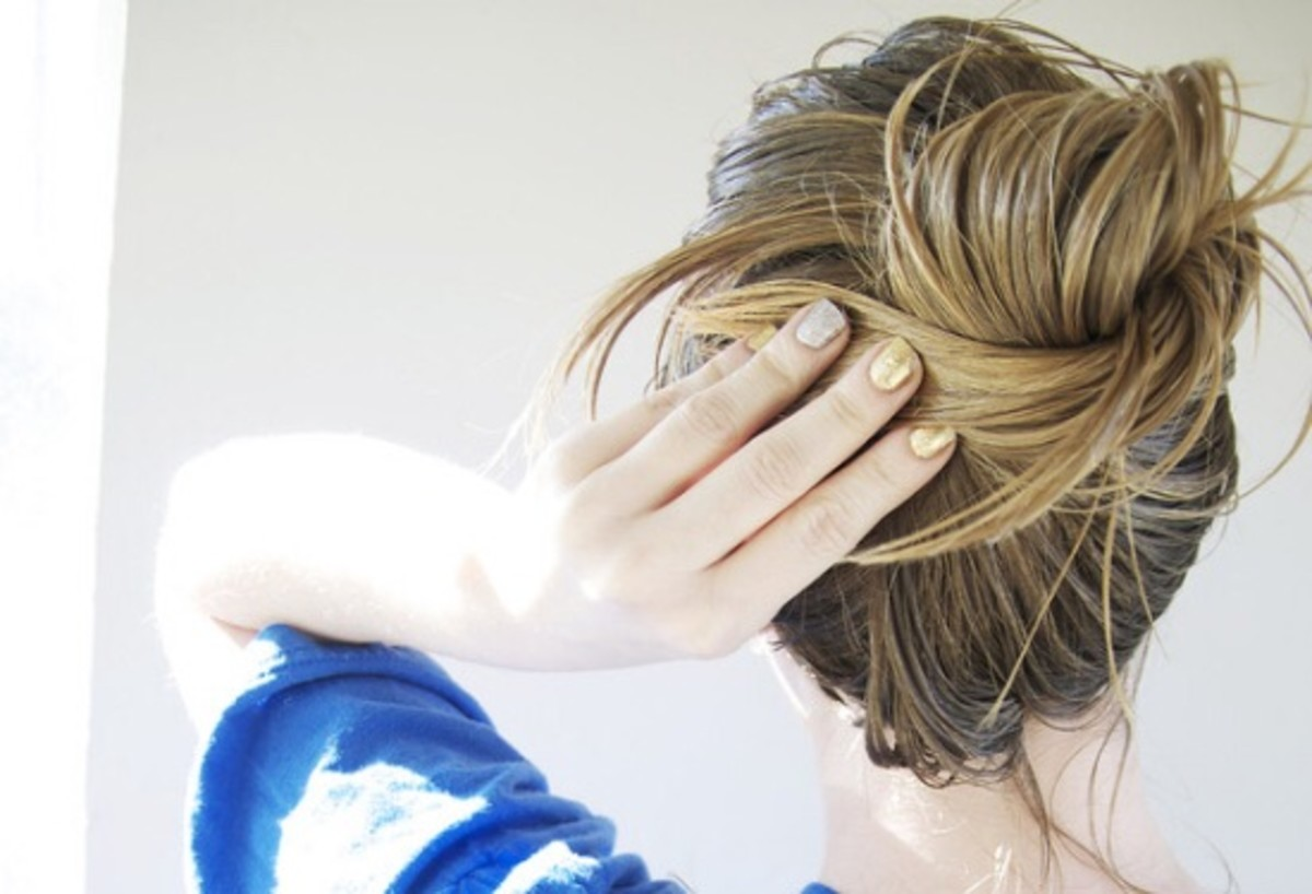 Frizzy Hair Got You Down? This Soothing DIY Hair Mask Will Do the Trick