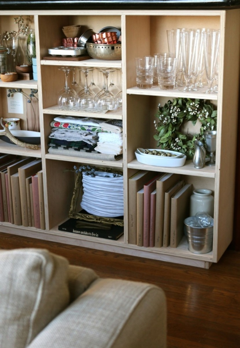 Plywood DIY Book Shelves