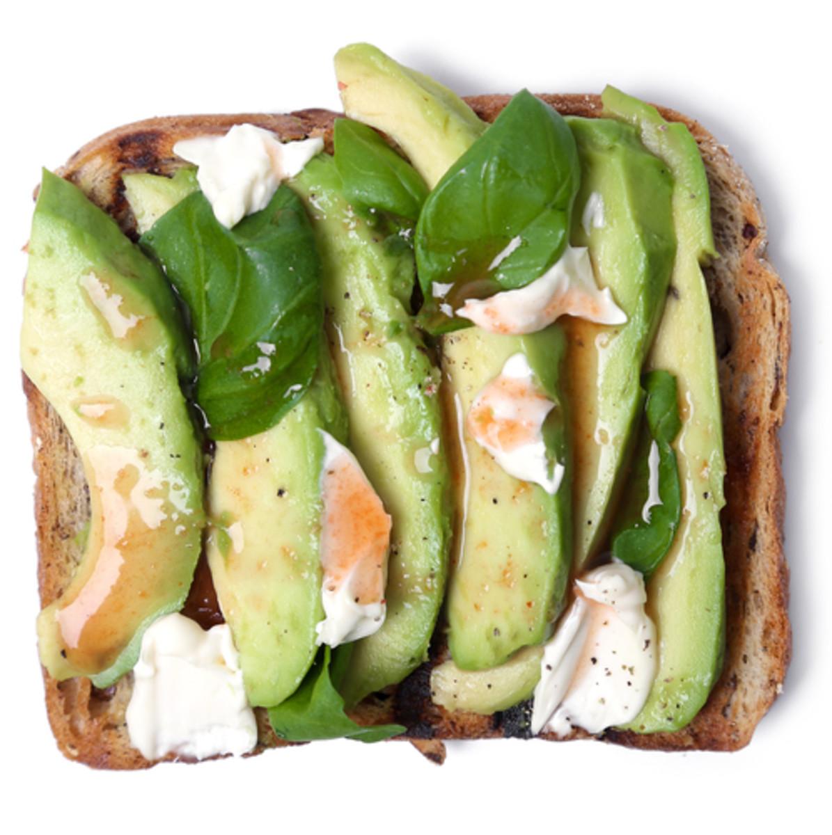 5 Delicious Avocado Toast Topping Ideas