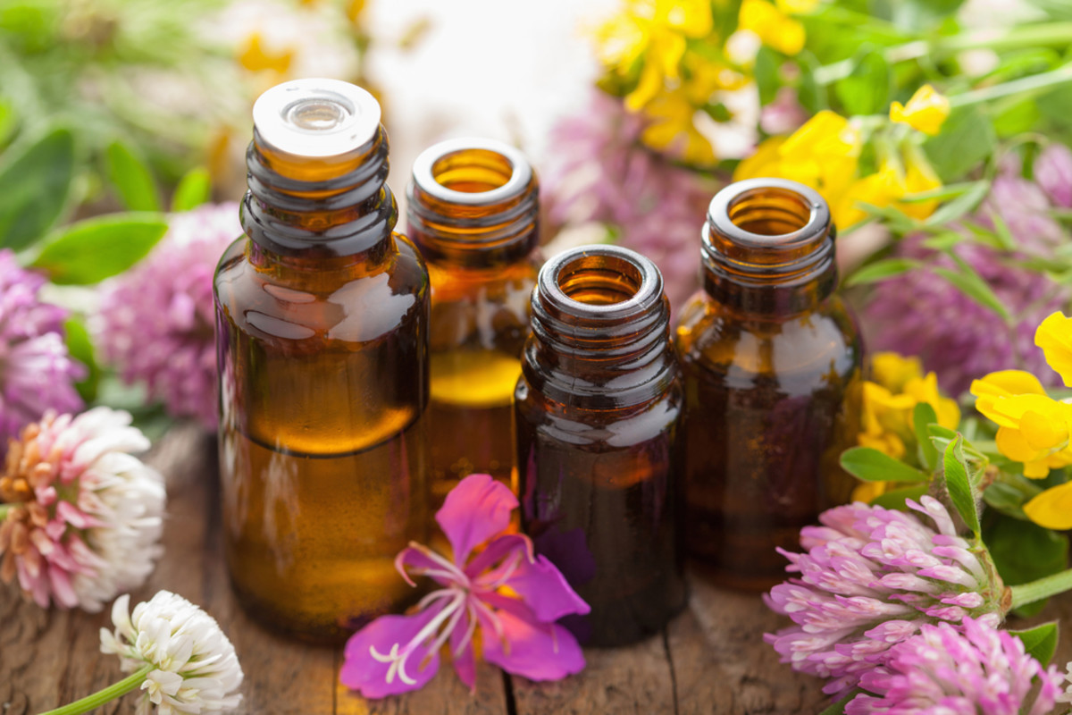 11 Therapeutic Essential Oils to Combat Icky Winter Cold Symptoms