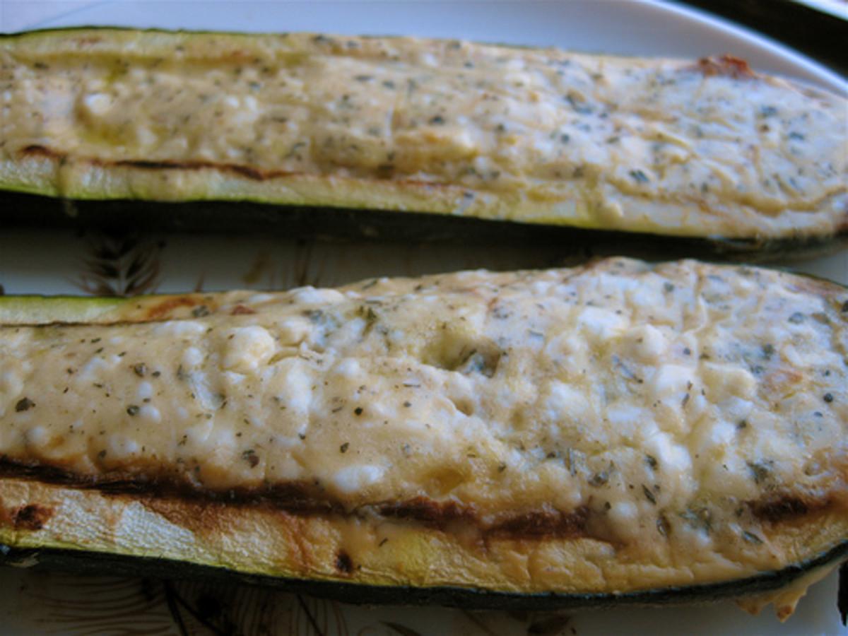 feta-stuffed zucchini