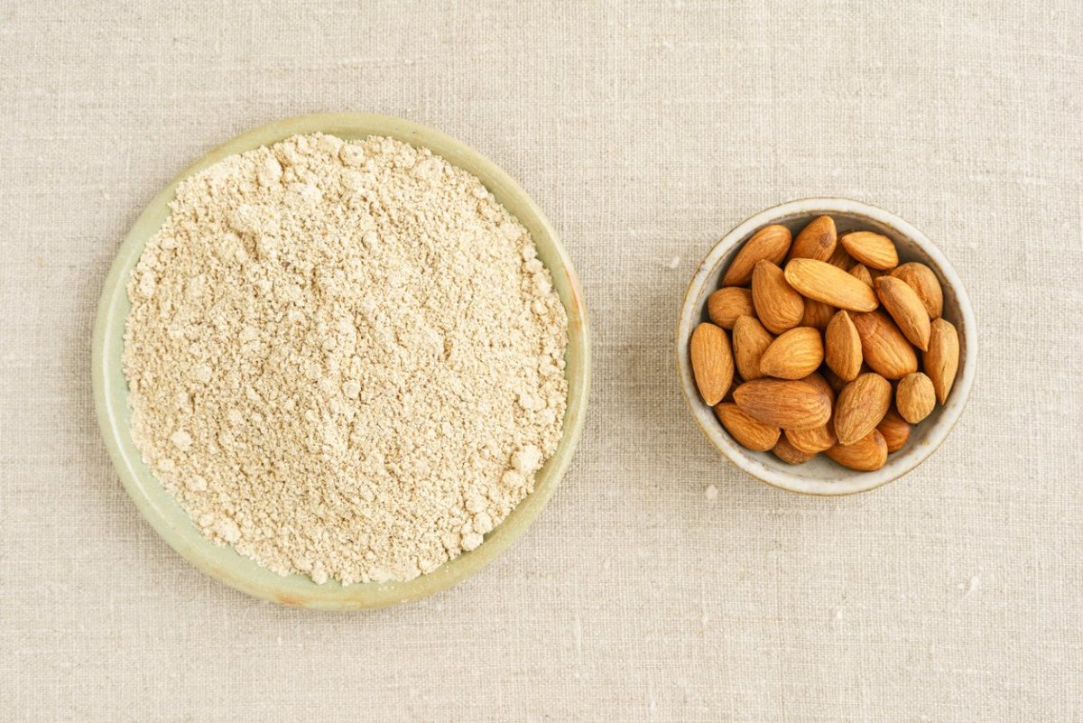How to Cook with Super Healthy, Gluten-Free Almond Flour (Recipes Included!)