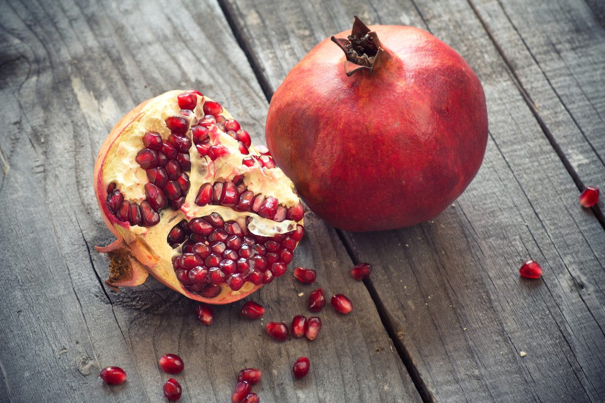 The Beauty Benefits of Pomegranate