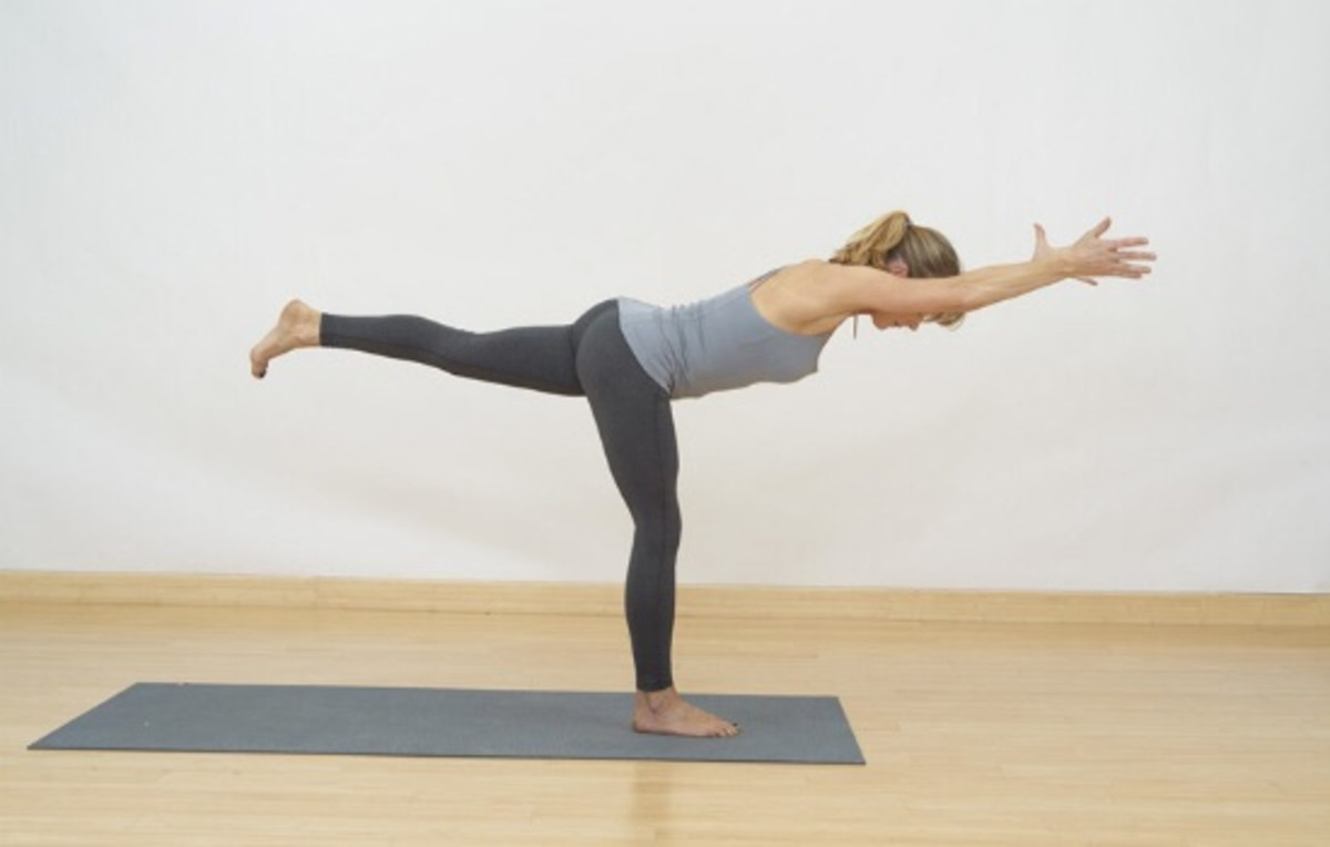 5 Yoga Poses for Toned Thighs and Long, Lean Legs