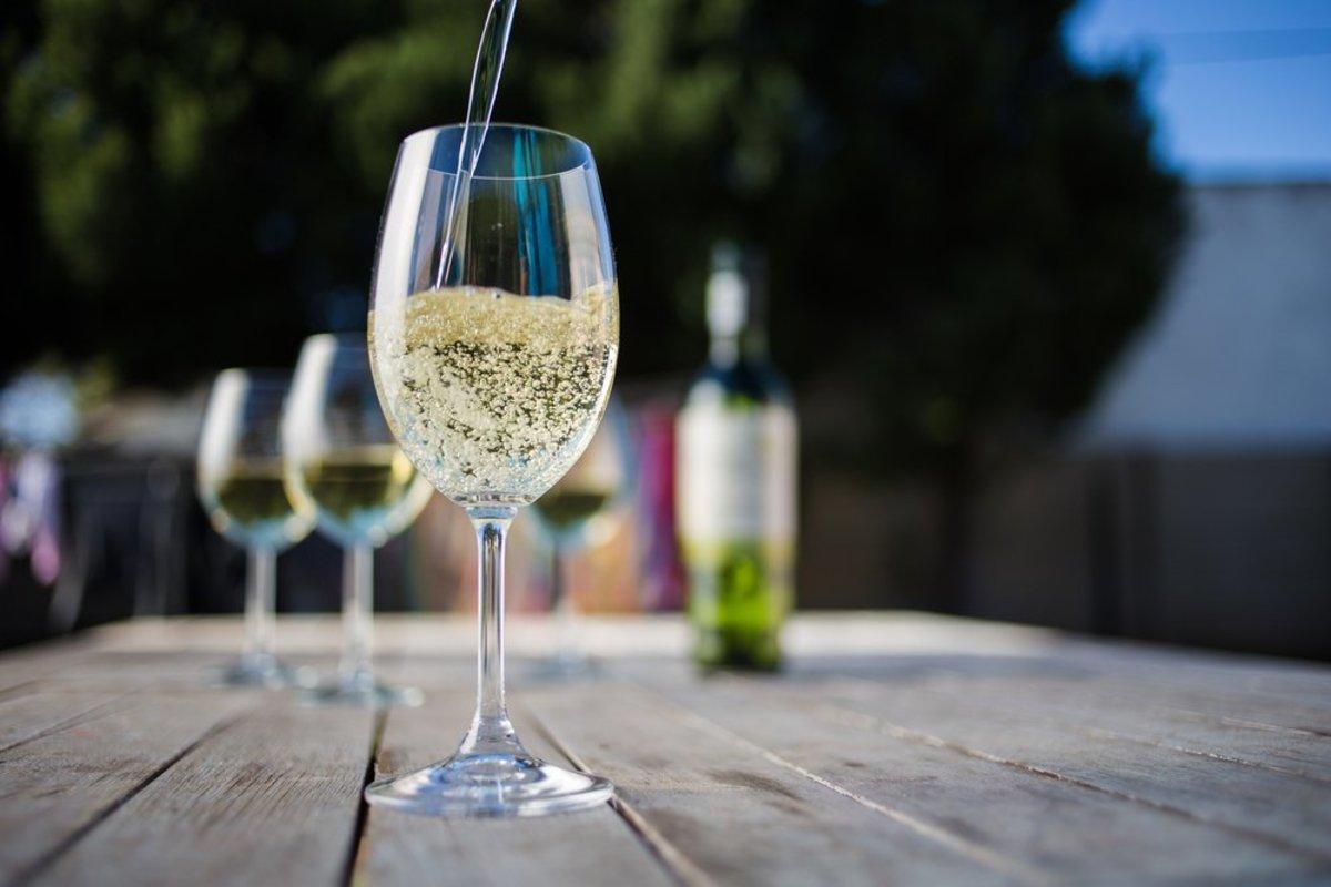 Ooh Là là! Vegan Wine from France, Coming Soon to a Store Near You
