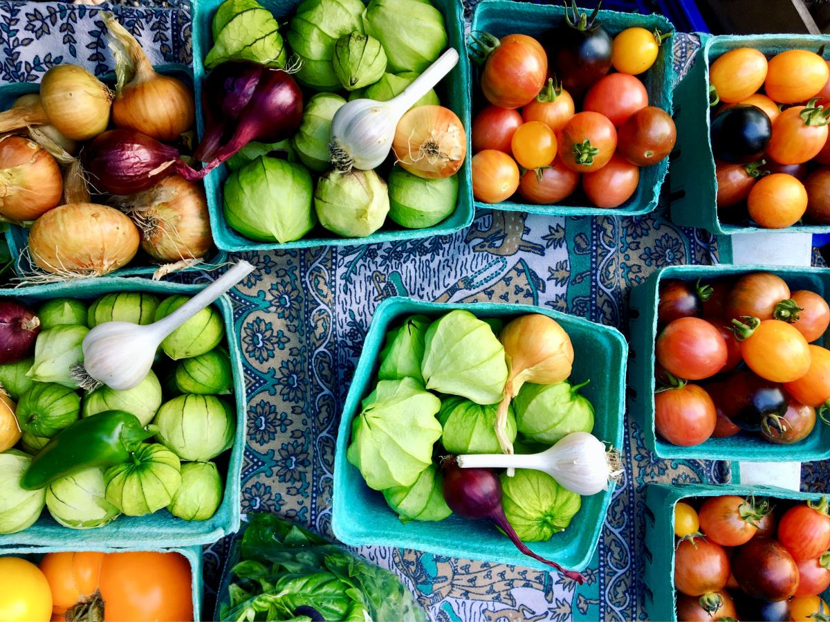The 5 Best U.S. Farmers Markets to Find Summer's Freshest Fruits and Veggies