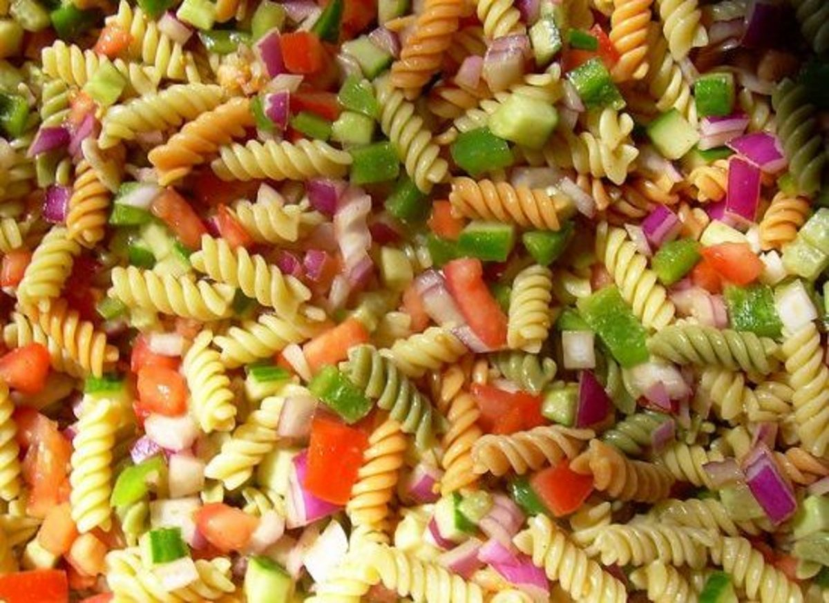 Summer Barbeques Just Donu0027t Feel Right Without A Big Bowl Of Tasty Pasta  Salad. Donu0027t Worry About Your Waistline When Chowing Down On This Dish:  Itu0027s Sans ...