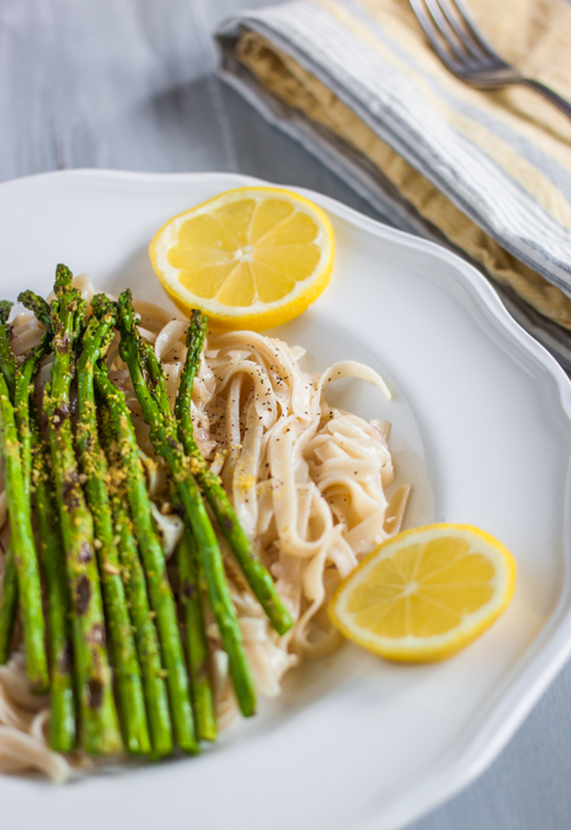 Grilled Asparagus Recipe with Lemon White Wine Fettuccine