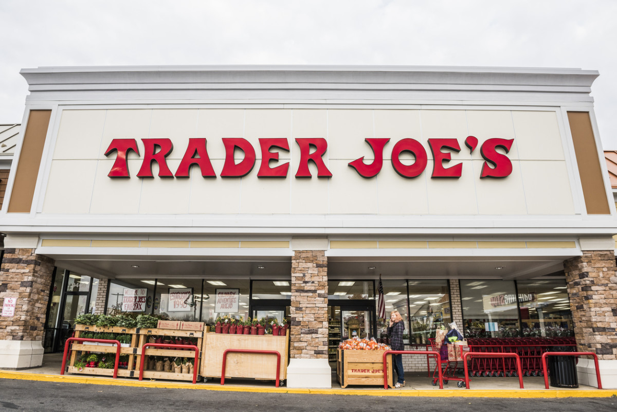 Trader Joe's to Remove BPA and BPS from Register Receipts