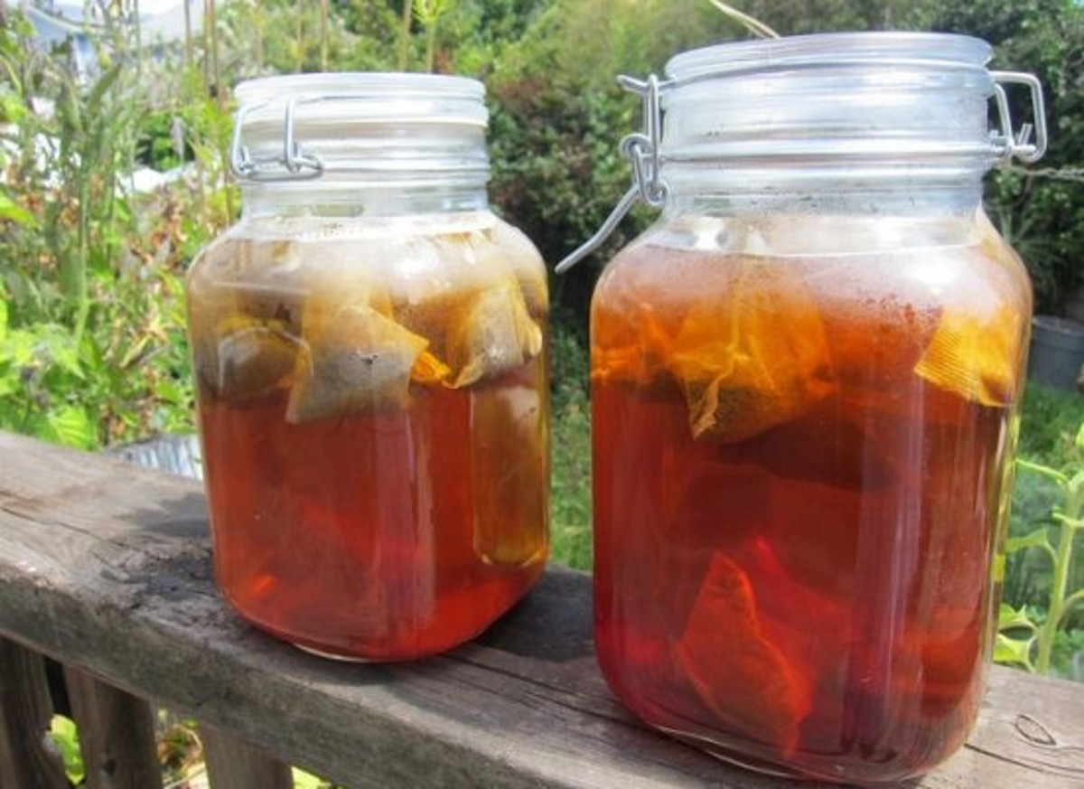Beat the Heat With Homemade Organic Summer Sun Tea