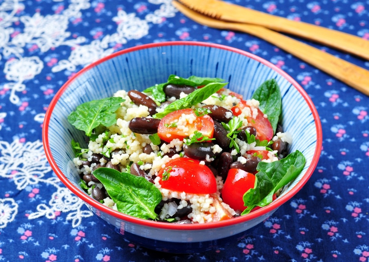 spinach and black bean salad photo