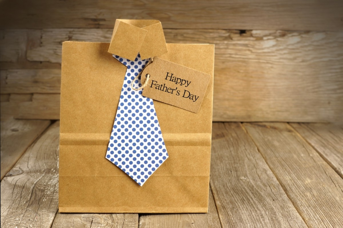 Personalized Father's Day gifts for your dad.