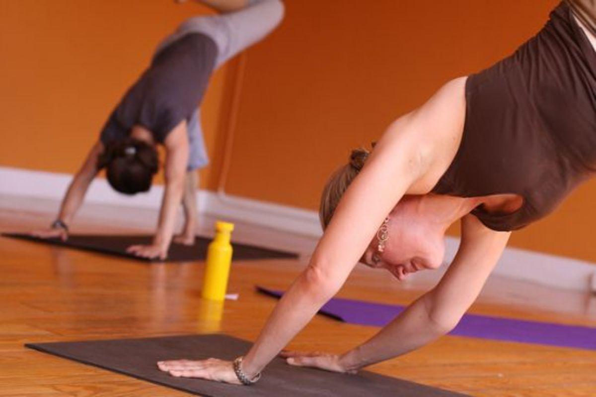 yoga-ccflcr-theloushe