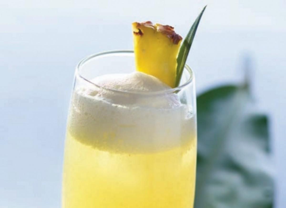 Pineapple Calpirinha