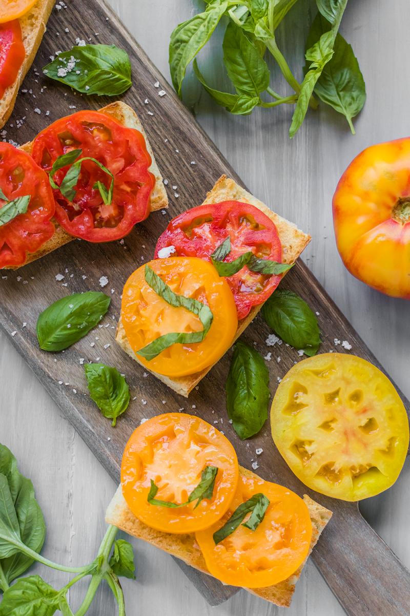 Heirloom Tomato o Toast