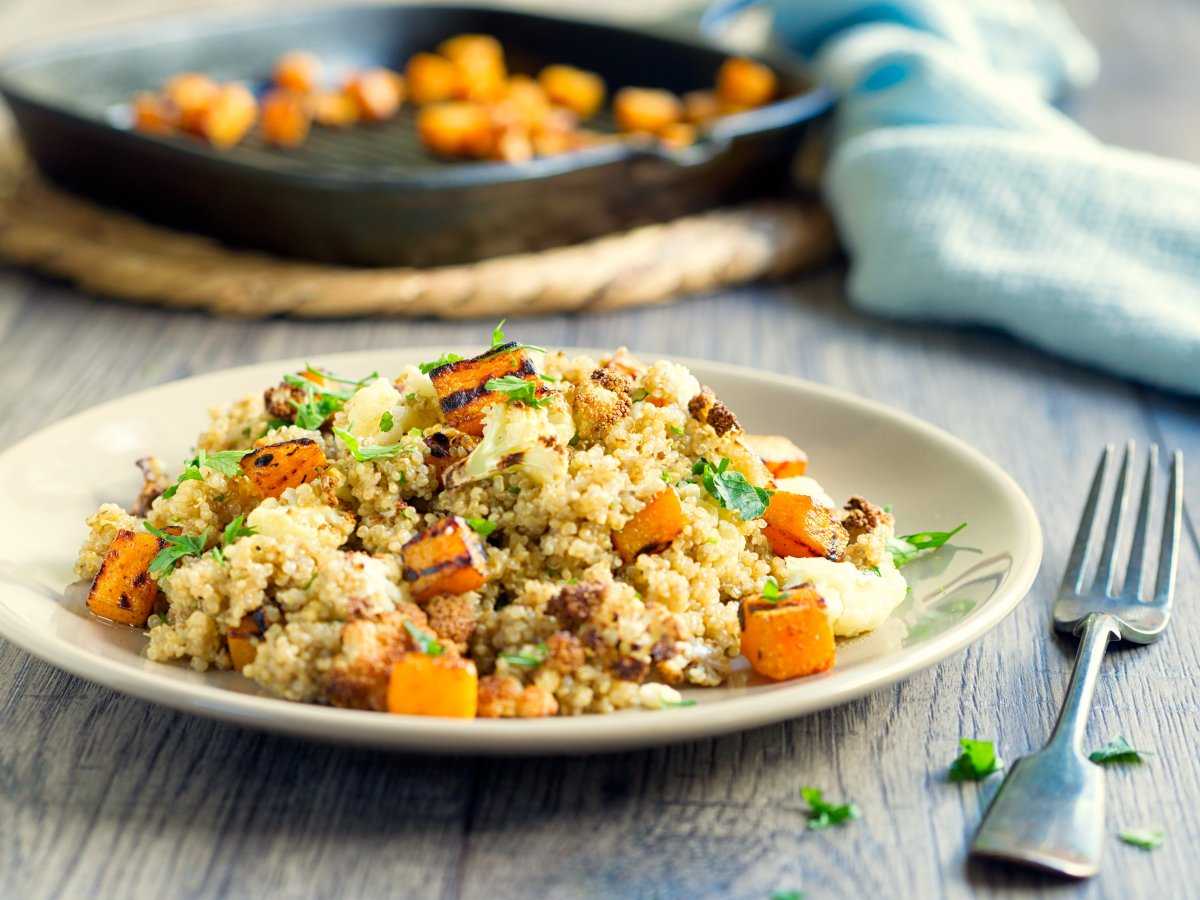 quinoa salad recipe with butternut squash, cabbage, and apples