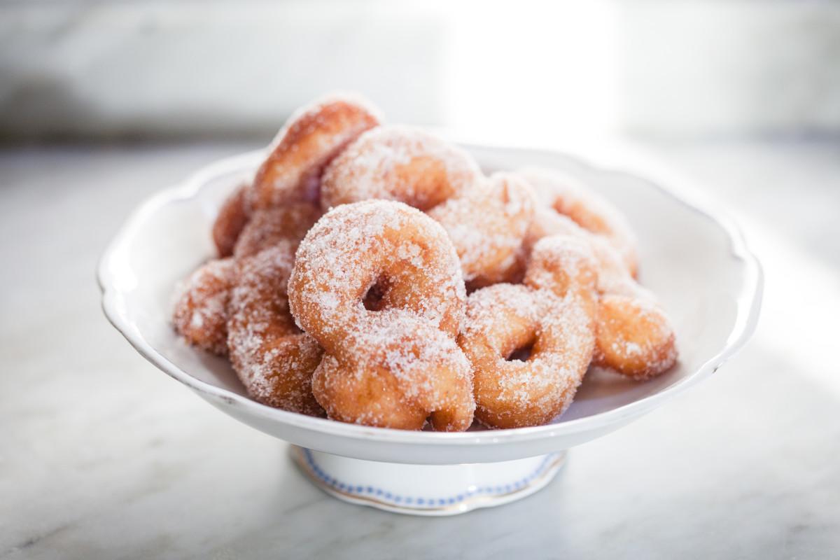 Gluten-Free Cinnamon Baked Donuts Recipe