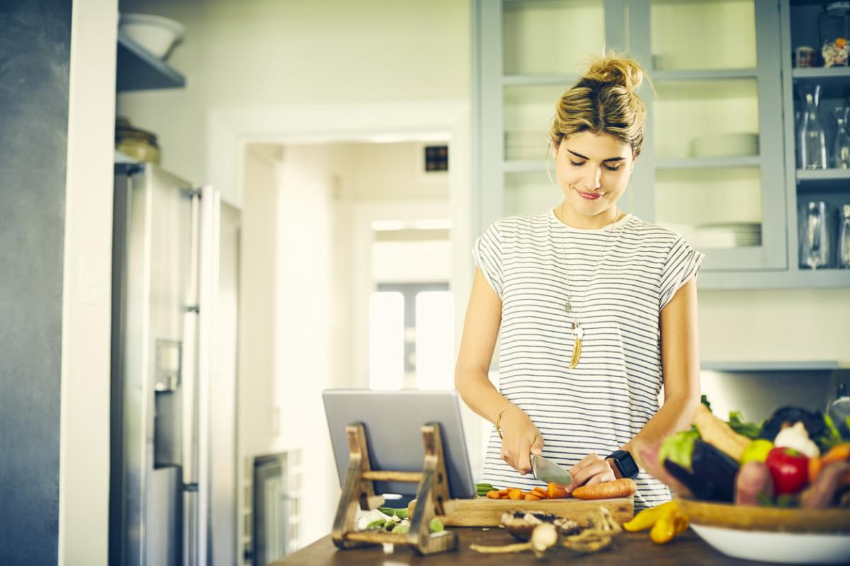 11 Super Fun Ways to Reuse Kitchen Scraps