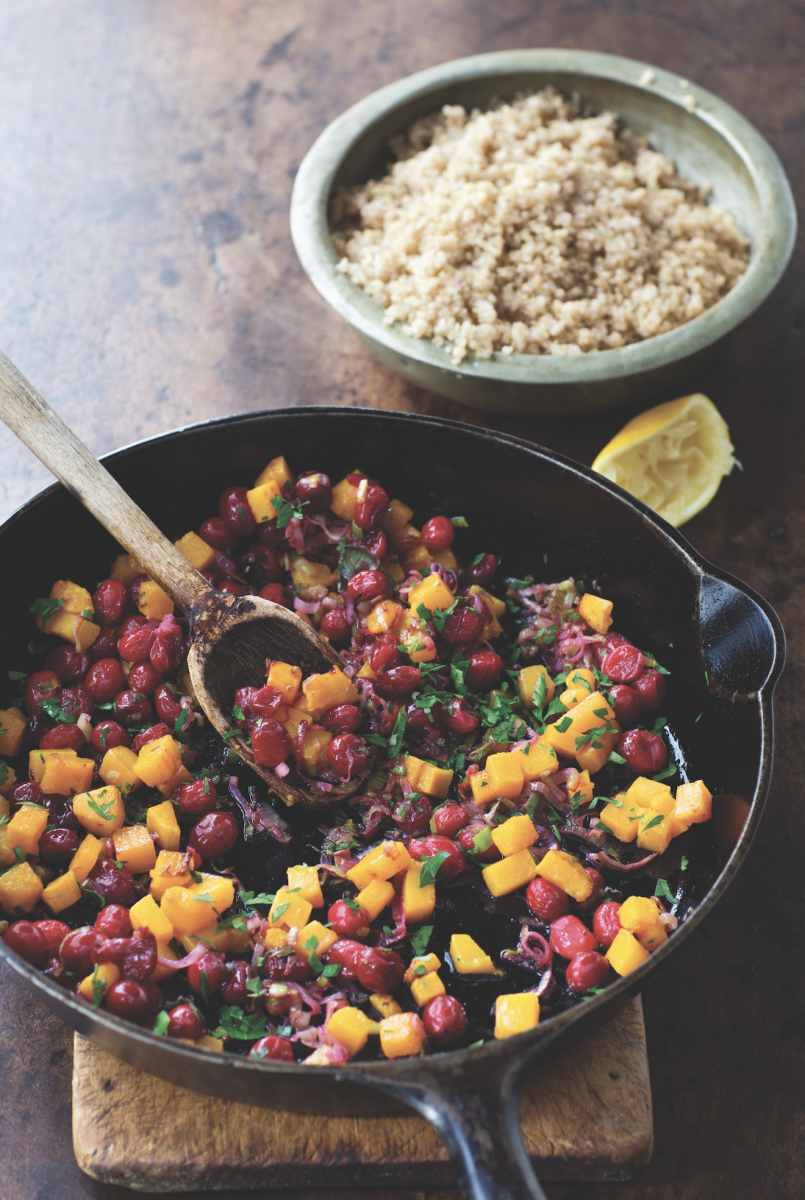 Lighten Up Your Seasonal Eats With This Cranberry Leek Quinoa Recipe
