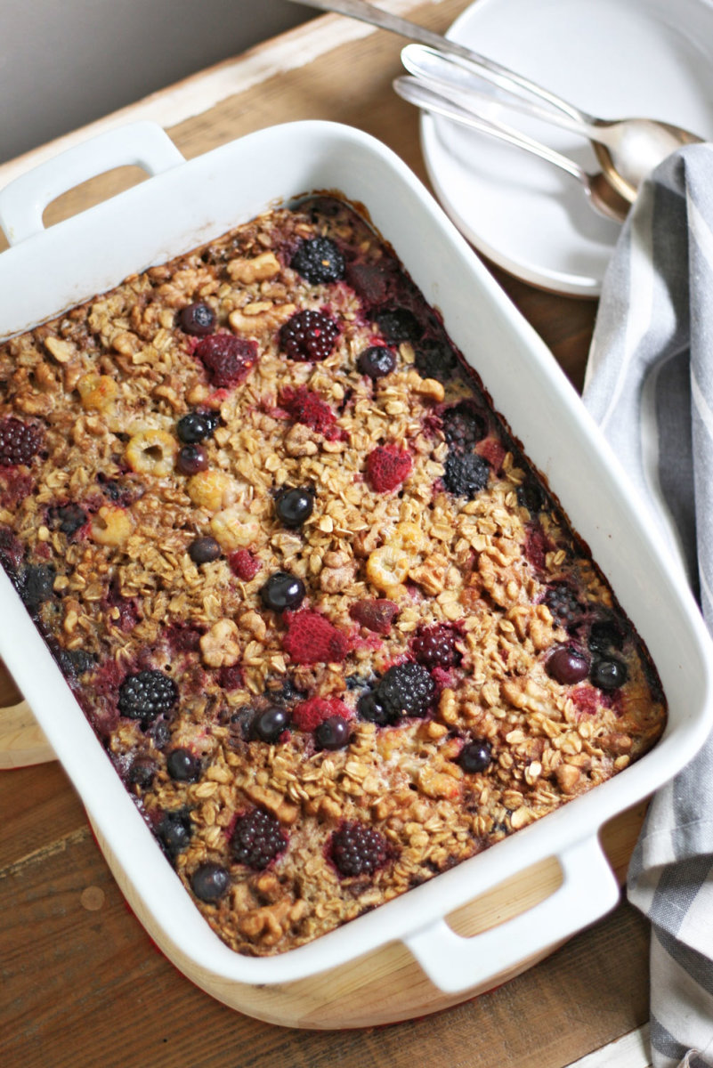Warm Up Autumn Mornings with this Baked Oatmeal Recipe