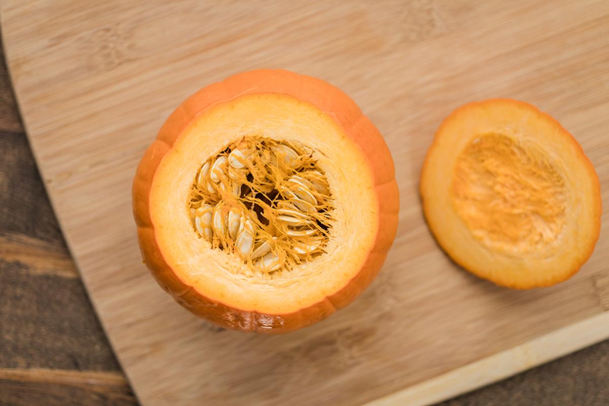 Cleaning Pumpkin Seeds