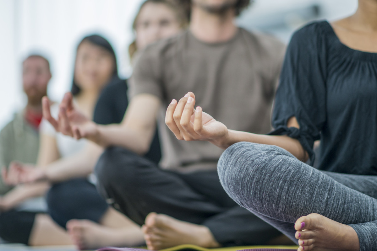 Hypnotherapy Versus Meditation: Which Method Is Right for You?