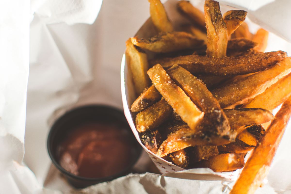 You Should Only Eat 6 French Fries at a Time, Says Study