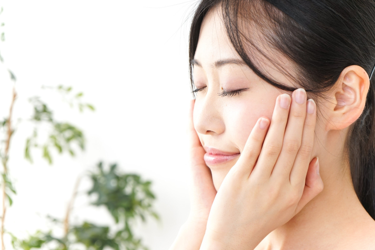 Double Cleansing, the Skincare Method Korean Women Swear By