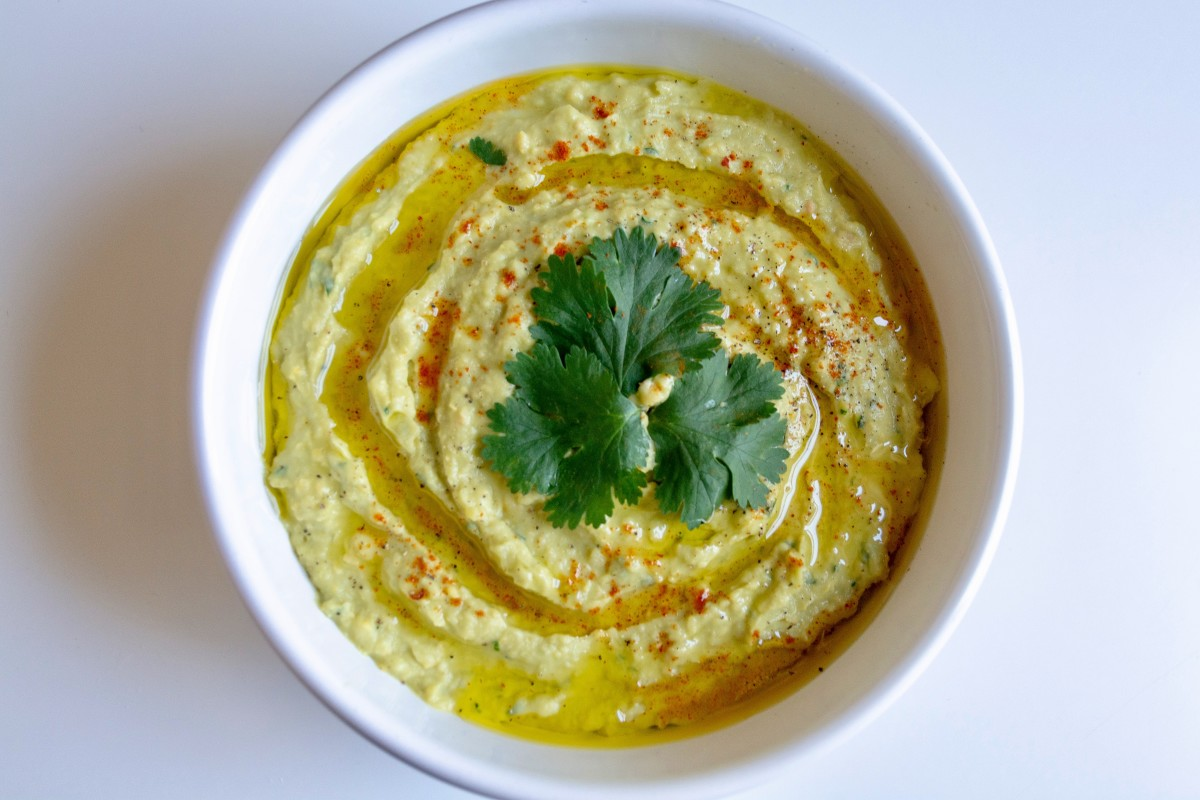 The Marriage of Two Favorites: Avocado Hummus