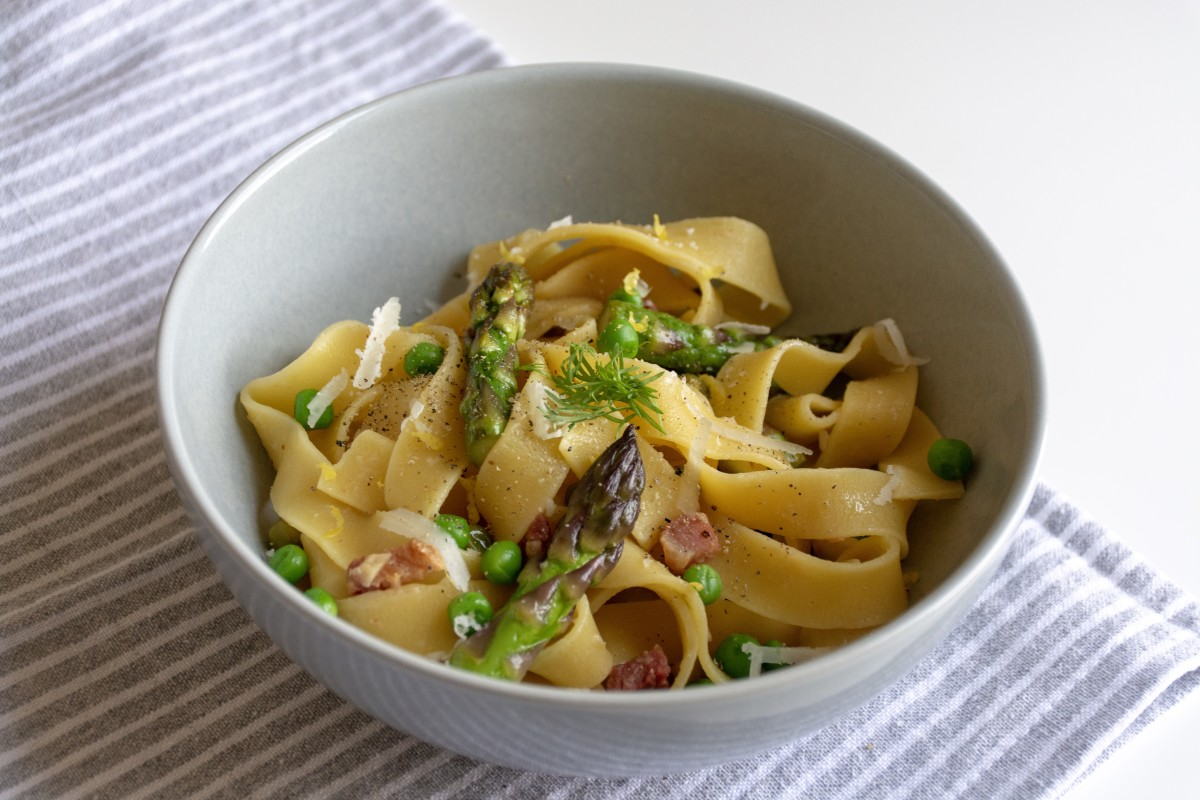 Pappardelle Pasta with Pancetta, Peas, and Asparagus