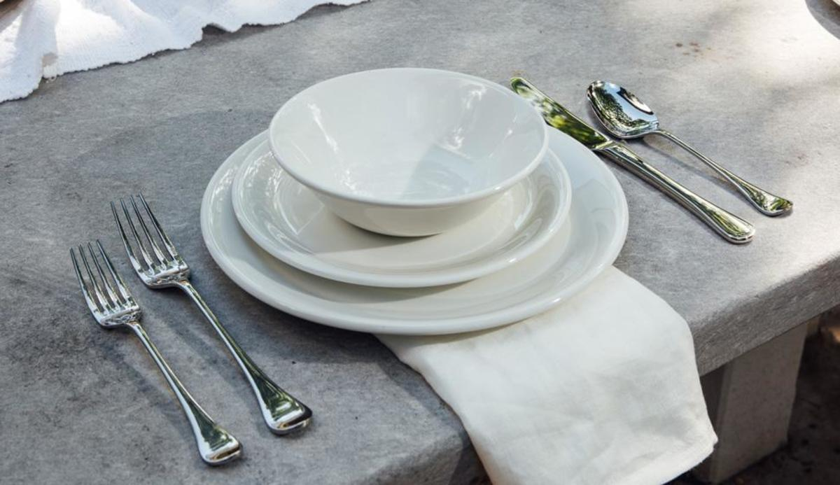 non-toxic plateware by Made In