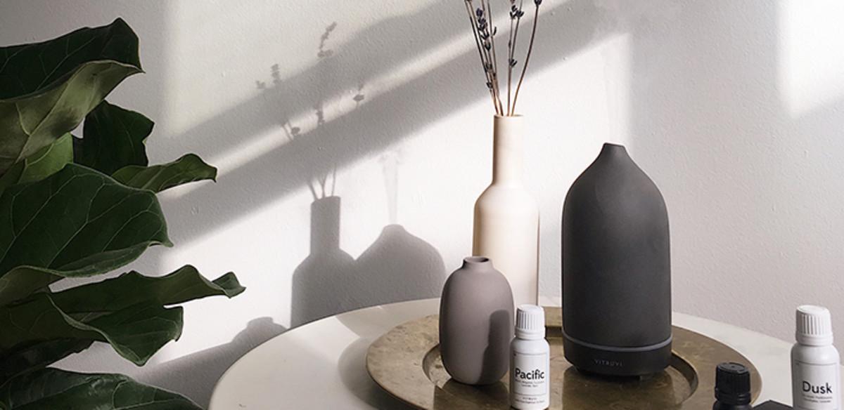 vitruvi essential oil diffuser and oils