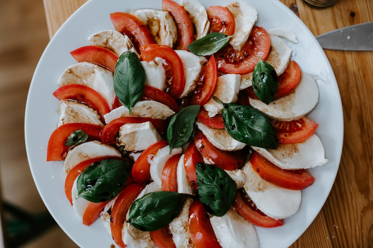 caprese salad with fresh tomatoes and basil